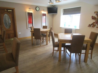 Dog-friendly pub and walk near Llandrindod, Wales - Driving with Dogs