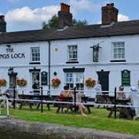 Middlewich dog-friendly pub and dog walk, Cheshire East - dog-friendly-pubs-cheshire.jpg