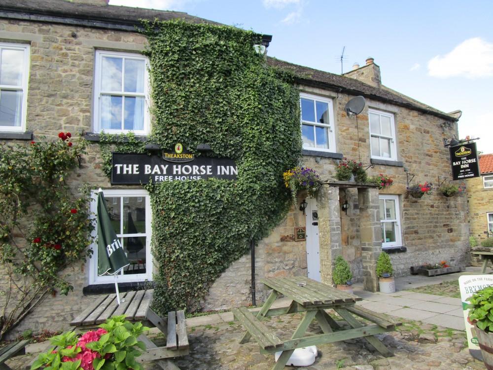 Holmedale Valley dog walk and dog-friendly pub, Yorkshire - Yorkshire Dales National Park dog walks