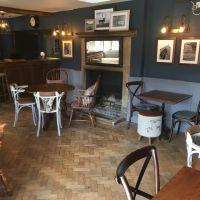 M4 dog-friendly pub and dog walk near Chippenham, Wiltshire - Wiltshire dog-friendly pub and dog walk