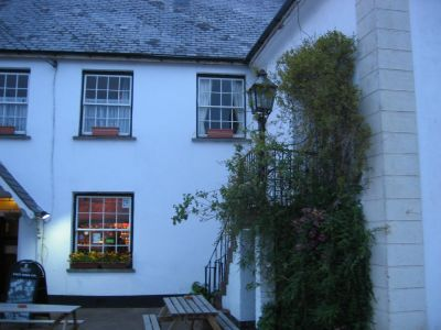 A358 dog-friendly pub with B&B and walk near Watchet, Somerset - Driving with Dogs