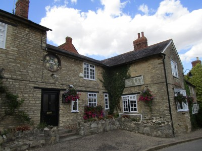 Yardley Hastings dog-friendly pub with a dog walk, Northamptonshire - Driving with Dogs