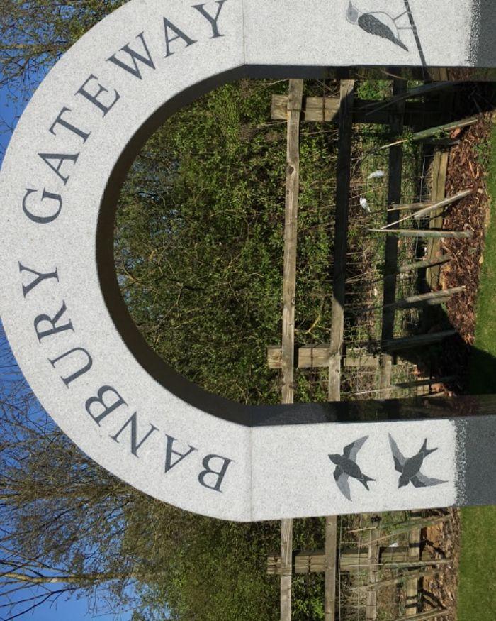 M40 Junction 11 - A422 towards Banbury, Oxfordshire - Dog walk near the M40.jpeg
