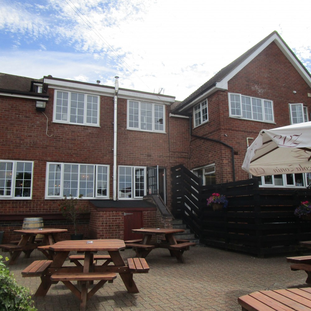 Dadlington dog walk and dog-friendly pub, Leicestershire - Leicestershire dog walk and dog-friendly pub