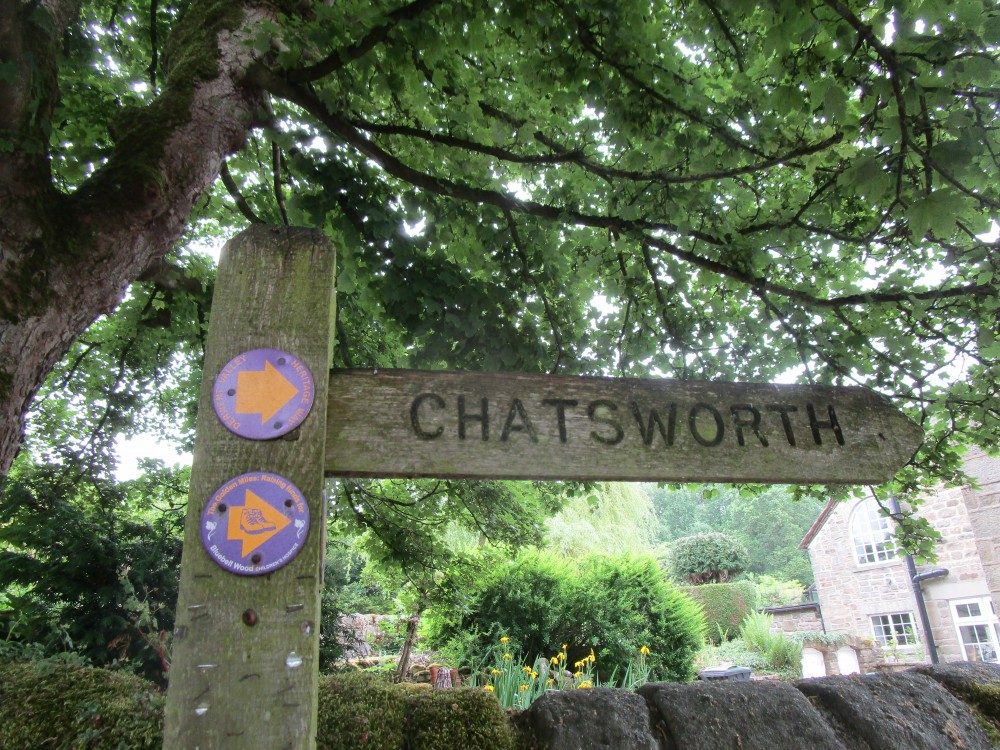 Baslow dog-friendly pub and dog walk, Derbyshire - Peak District dog-friendly pub and dog walk