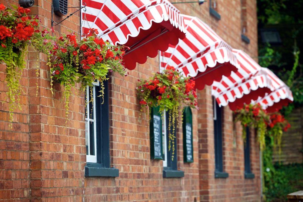 A38 Dog-friendly pub on the river near Gloucester, Gloucestershire - Dog-friendly riverside pub.jpg