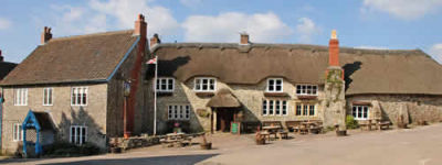 Dog-friendly inn with B&B near Chard, Devon - Driving with Dogs