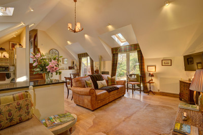 Quantock Cottages - dog-friendly, Somerset - Driving with Dogs