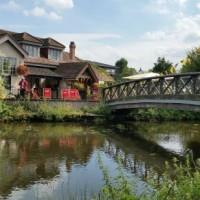 A412 Dog walk and dog-friendly country pub near Ruislip, Hertfordshire - Hertfordshire dog-friendly pubs.jpg