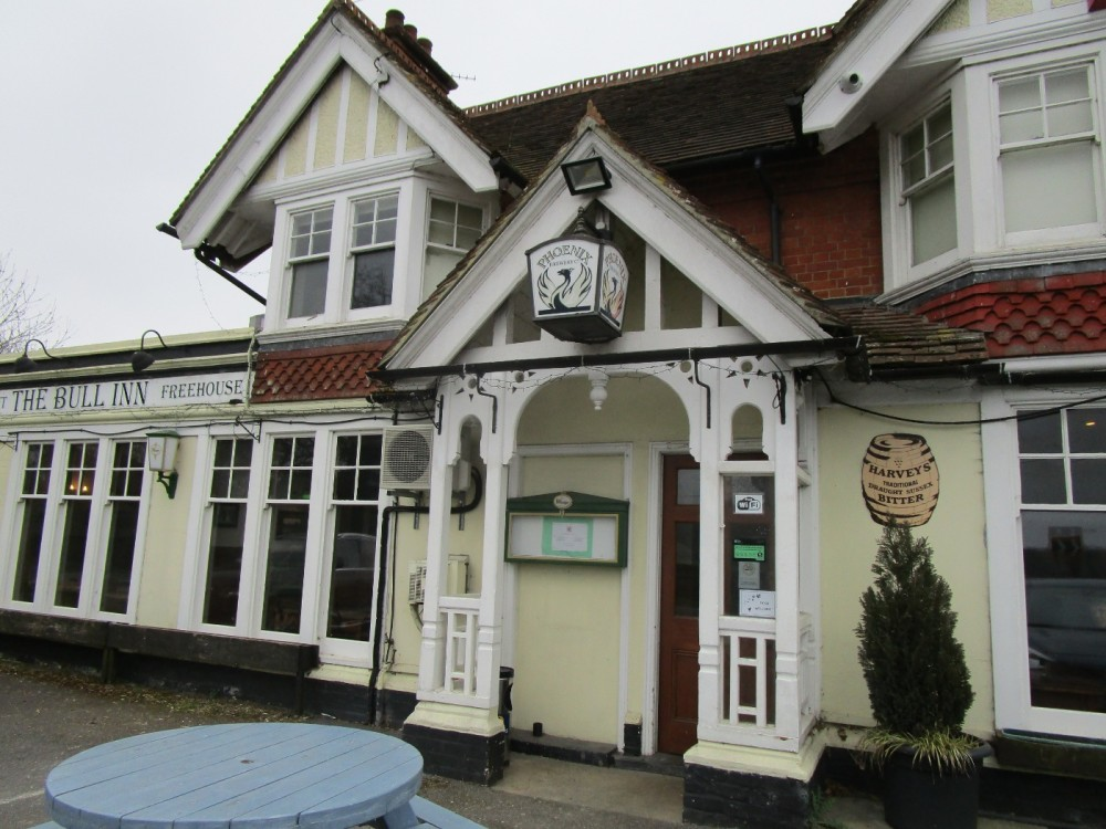 A281 dog-friendly pub and dog walk near Henfield, West Sussex - Sussex dog-friendly pub and dog walk.JPG