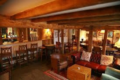 M1 J12 dog-friendly pub and dog walk near Ampthill, Bedfordshire - Driving with Dogs