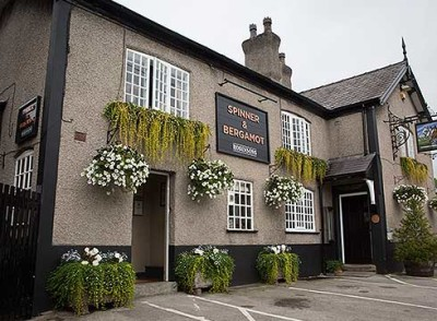 Comberbach dog-friendly pub, Cheshire - Driving with Dogs