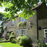 A420 dog-friendly inn near Abingdon, Oxfordshire - Oxfordshire dog-friendly pub and dog walk