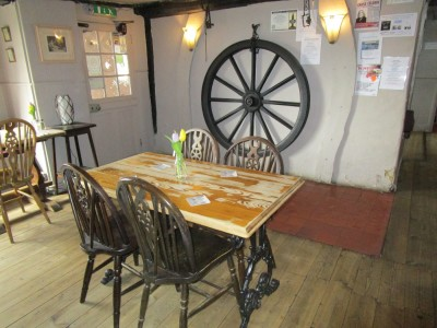 A21 dog-friendly pub and dog walk near Battle, East Sussex - Driving with Dogs