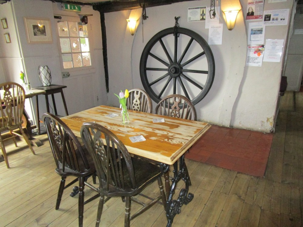 A21 dog-friendly pub and dog walk near Battle, East Sussex - Dog-friendly pubs with dog walks East Sussex.JPG