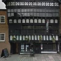 Chester dog walks and dog-friendly inn, Cheshire - Chester dog-friendly pub Cheshire