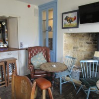 A44 dog-friendly dining and dog walk, Gloucestershire - Gloucestershire dog-friendly pubs and walks.JPG