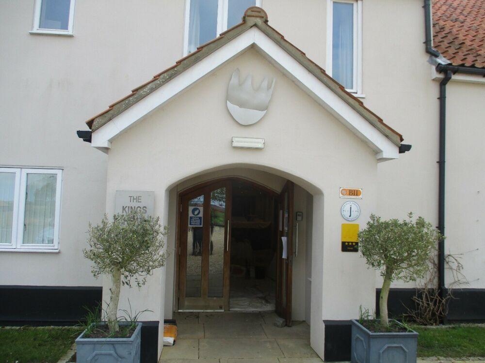 Country house hotel and gentle dog walk, Norfolk - Dog-friendly hotel and dog walk near Kings Lynn