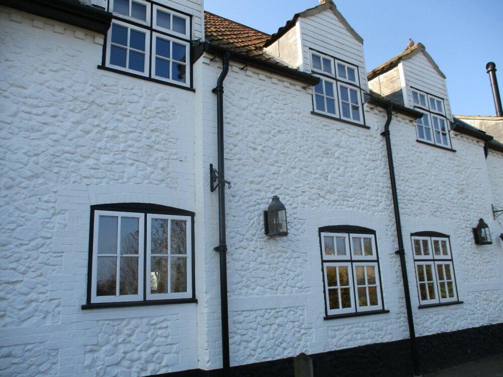 A149 Thornham dog-friendly pub and dog walk, Norfolk - Norfolk pub with dog-friendly rooms.JPG