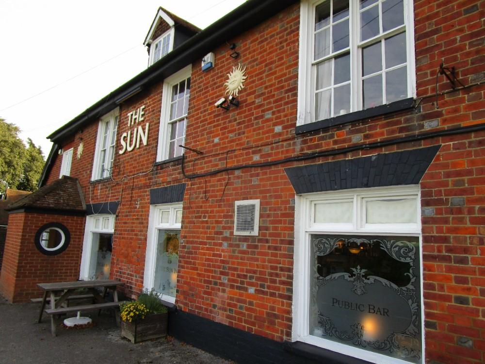 M2 Junction 5 dog-friendly pub and walk, Kent - Kent dog-friendly pubs with dog walks