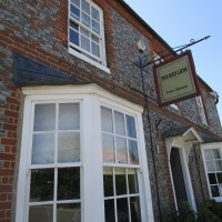 M40 Junction 6 dog walk and fine-dining pub, Oxfordshire - Dog walk and dog-friendly pub in Oxfordshire