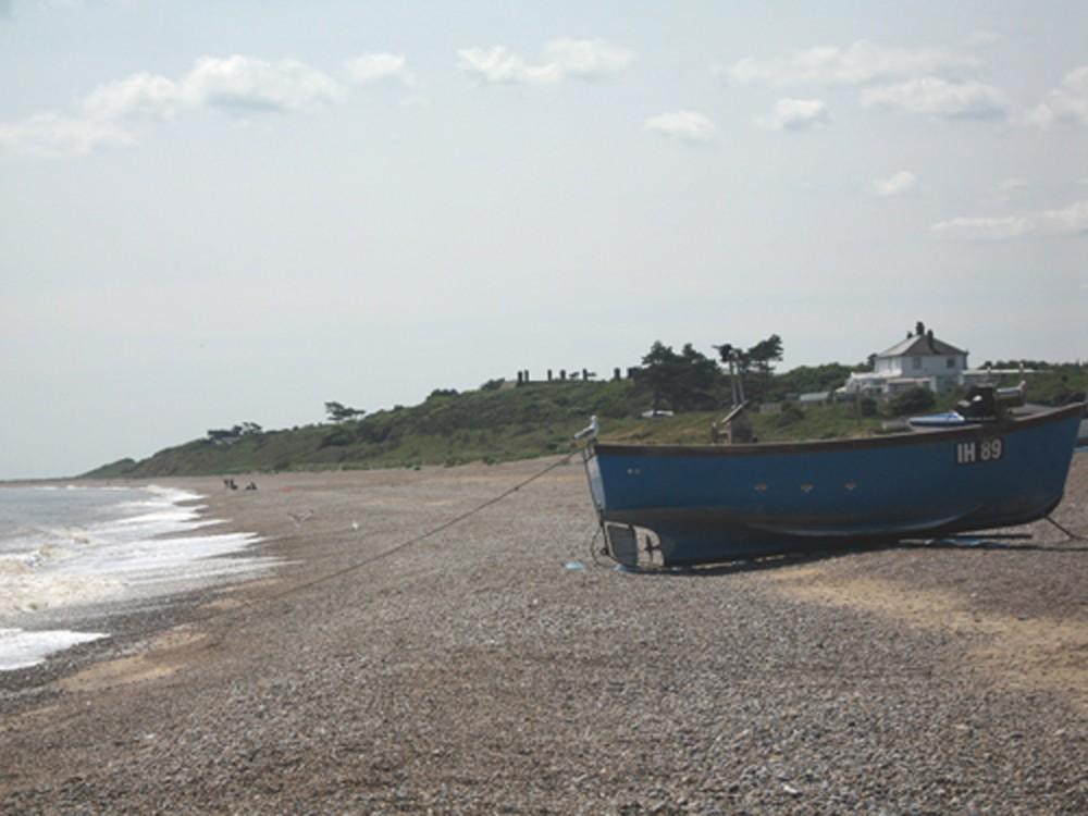 Sizewell dog-friendly beach, Suffolk - Dog walks in Suffolk