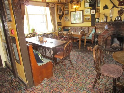 A281 dog-friendly pub near Guildford, Surrey - Driving with Dogs