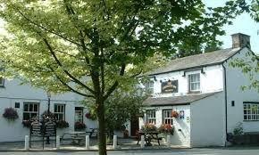 Dog walk and dog-friendly inn near Kirkby Lonsdale, Cumbria - Cumbria dog-friendly pub and dog walk