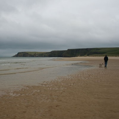 Traigh Mhor dog friendly beach on the Isle of Lewis, Scotland - Driving with Dogs