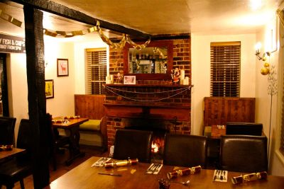 A12 Dog-friendly country pub with a long Sunday walk, Essex - Driving with Dogs