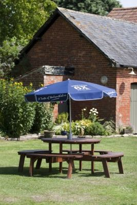 A350 dog-friendly pub and dog walk near Trowbridge, Wiltshire - Driving with Dogs