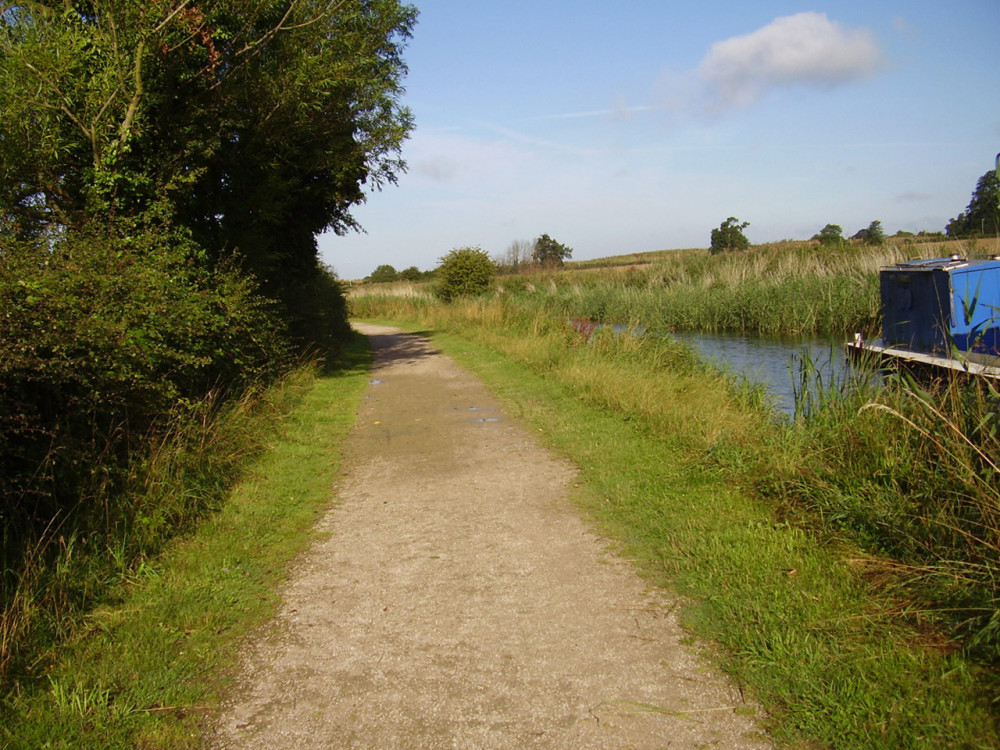 Cotgrave Country Park dog walk, Nottinghamshire - Dog walks in Nottinghamshire