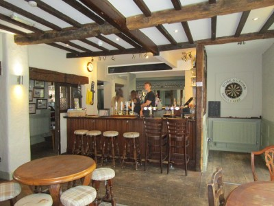 Ridgeway dog walk and a dog-friendly pub, Oxfordshire - Driving with Dogs