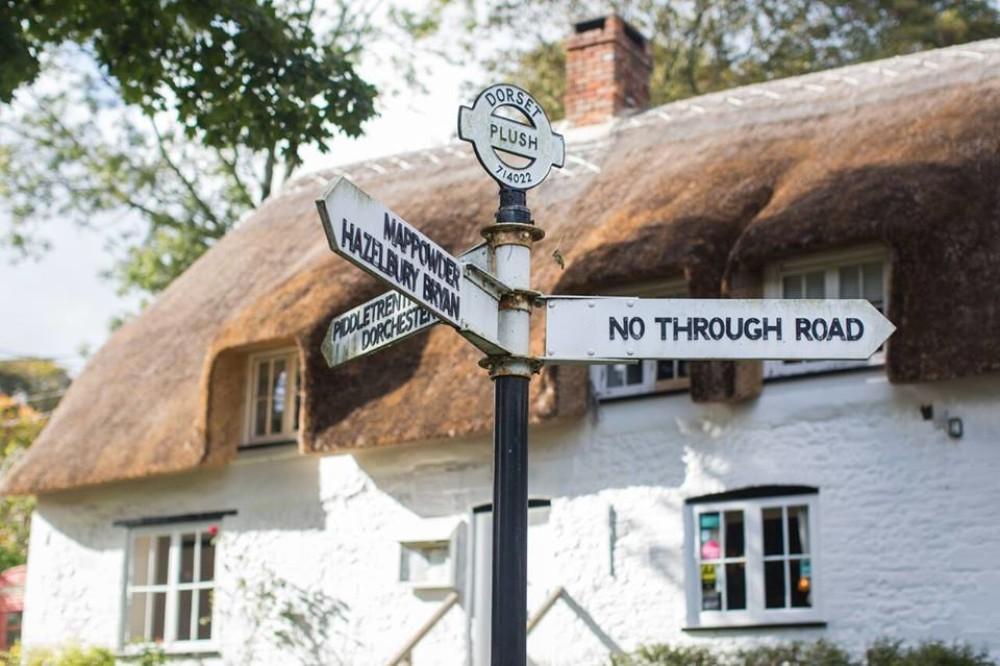 Doggiestop on the Hardy Way, Dorset - Dorset dog-friendly pub and dog walk