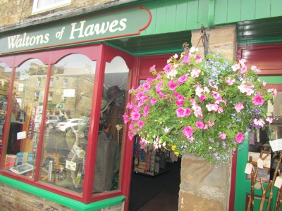 Hawes - dog-friendly town, Yorkshire - Driving with Dogs