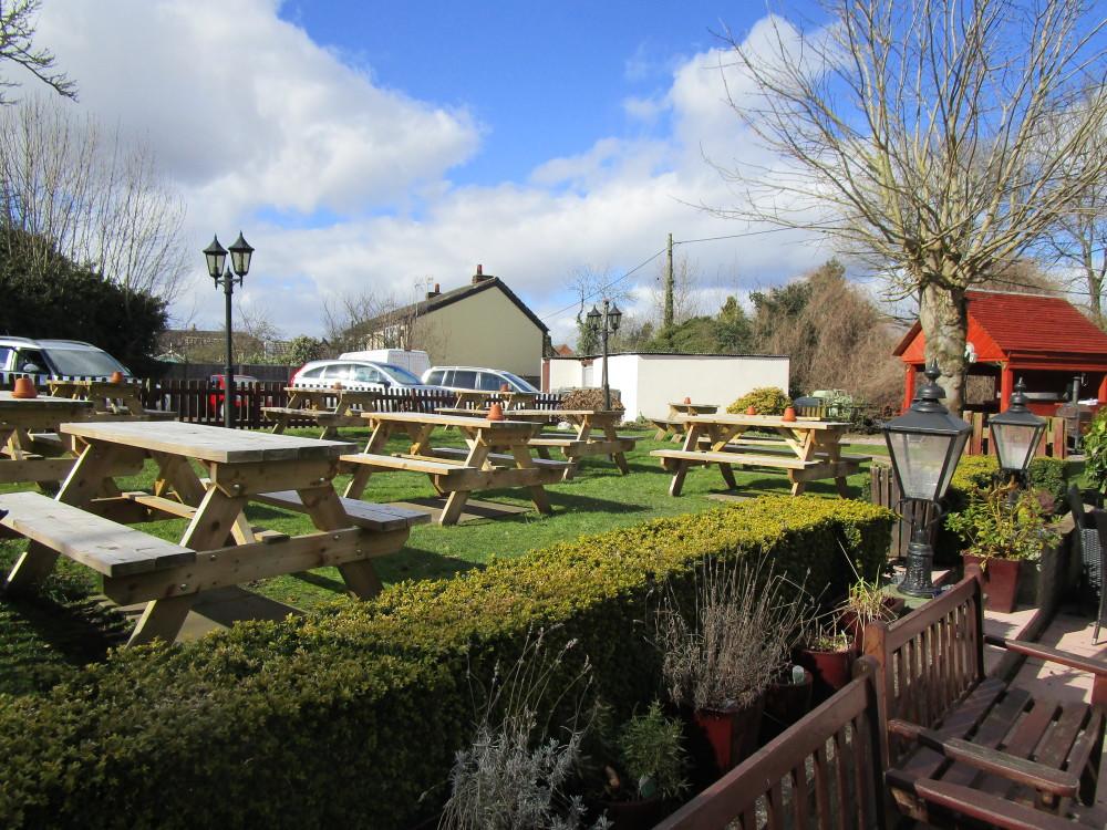 Heathton dog-friendly pub and dog walk, Shropshire - Dog walks in Shropshire