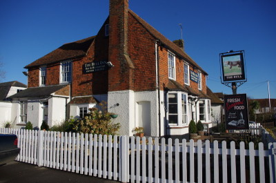 A28 dog-friendly pub in the High Weald, Kent - Driving with Dogs