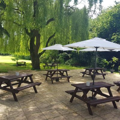 A507 dog walk and dog-friendly pub near Ampthill, Bedfordshire - Driving with Dogs