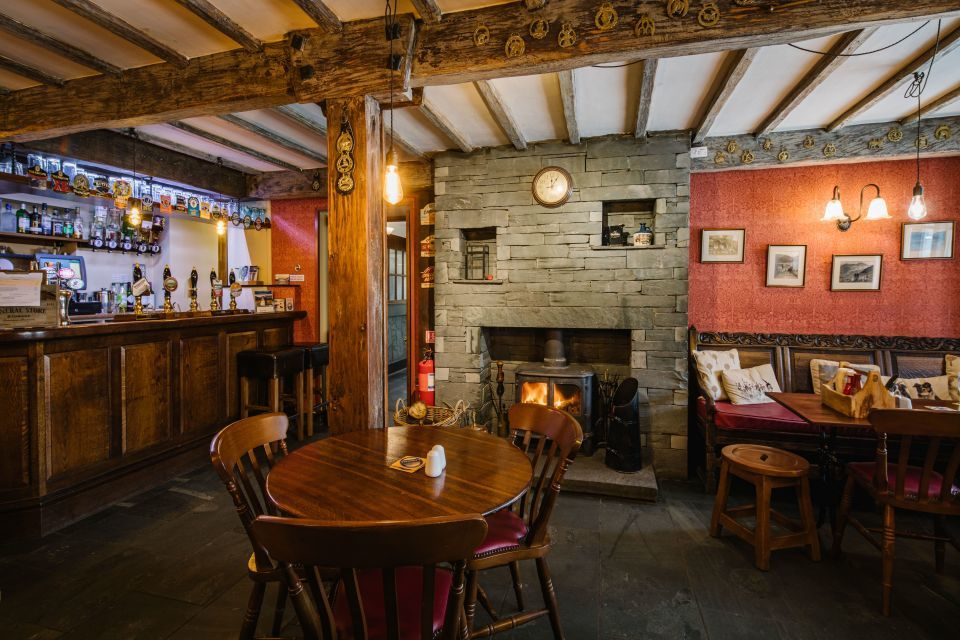 Lake District dog-friendly pub and dog walk, Cumbria - Cumbria dog-friendly pub and dog walk