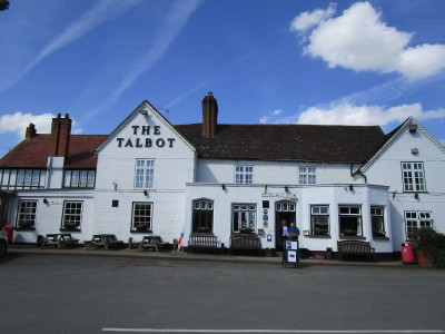 A44 dog-friendly pub and dog walk, Worcestershire - Driving with Dogs