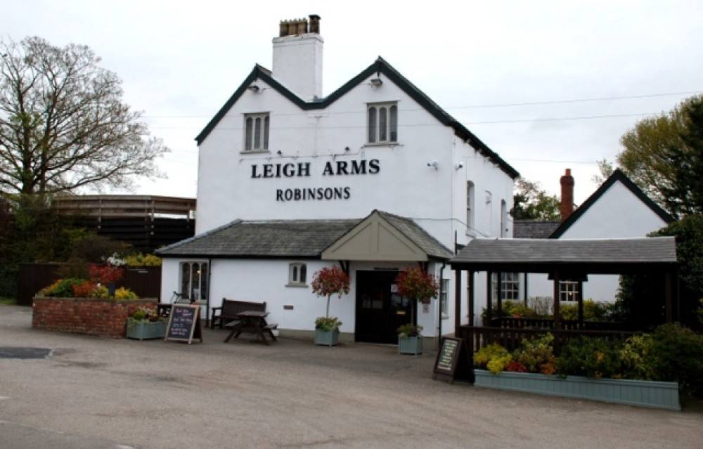 Weaverham dog-friendly pub and dog walk, Cheshire - leigh-arms-dog-friendly-cheshire.JPG
