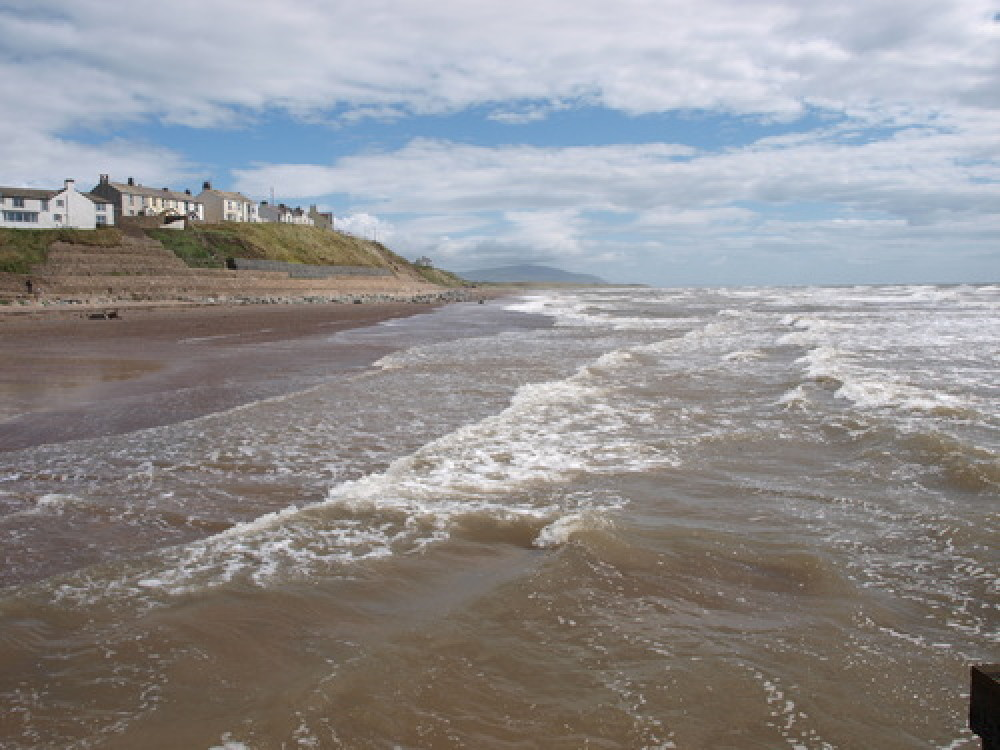Seascale dog-friendly beach, Cumbria - Dog walks in Cumbria