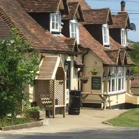 A20 dog-friendly pub and dog walk near Folkestone, Kent - Kent dog-friendly pub and dog walk