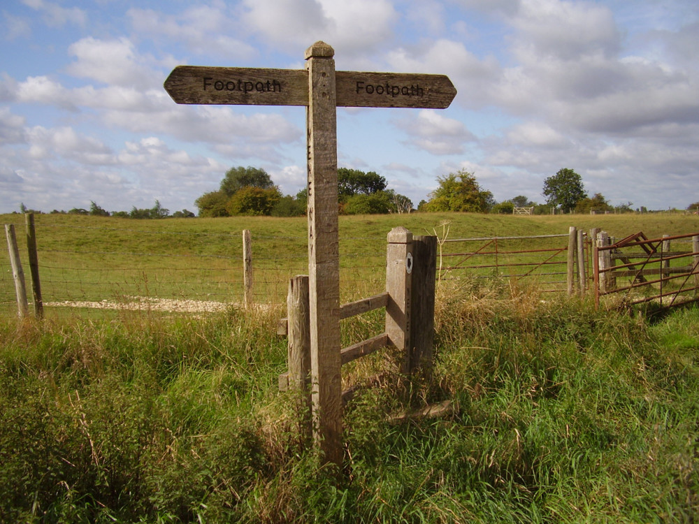 A1 Junction 17 dog-friendly pub and dog walk, Northamptonshire - Dog walks in Northamptonshire