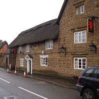 M1 Junction 18 dog-friendly pub and dog walk, Northamptonshire - Dog walks in Northamptonshire
