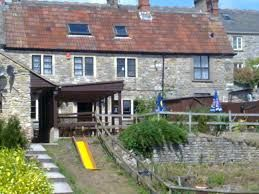 Dog-friendly pub with dog walk, Somerset - Driving with Dogs