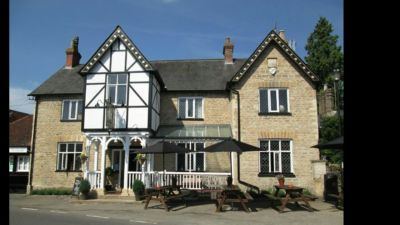 Dog walk and a dog-friendly pub near Bedford, Bedfordshire - Driving with Dogs