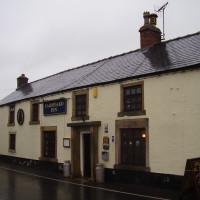 White Peak dog walk and dog-friendly pub, Youlgreave, Derbyshire - Dog walks in Derbyshire