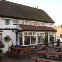 M6 Junction 4 dog-friendly pub and dog walk, Warwickshire - Dog walks in Warwickshire