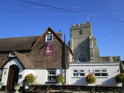 A259 dog walk and dog-friendly pub near Brenzett, Kent - Driving with Dogs